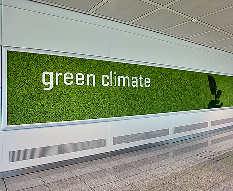 Freund Evergreen Premium moss walls with motifs, Munich Airport